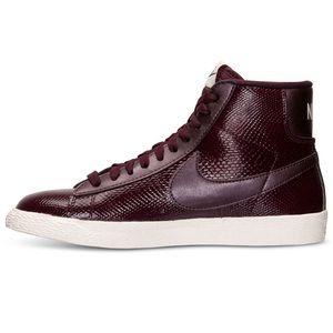 Nike blazer mid vintage burgundy sneakers